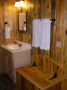 cloudberry cabin bathroom